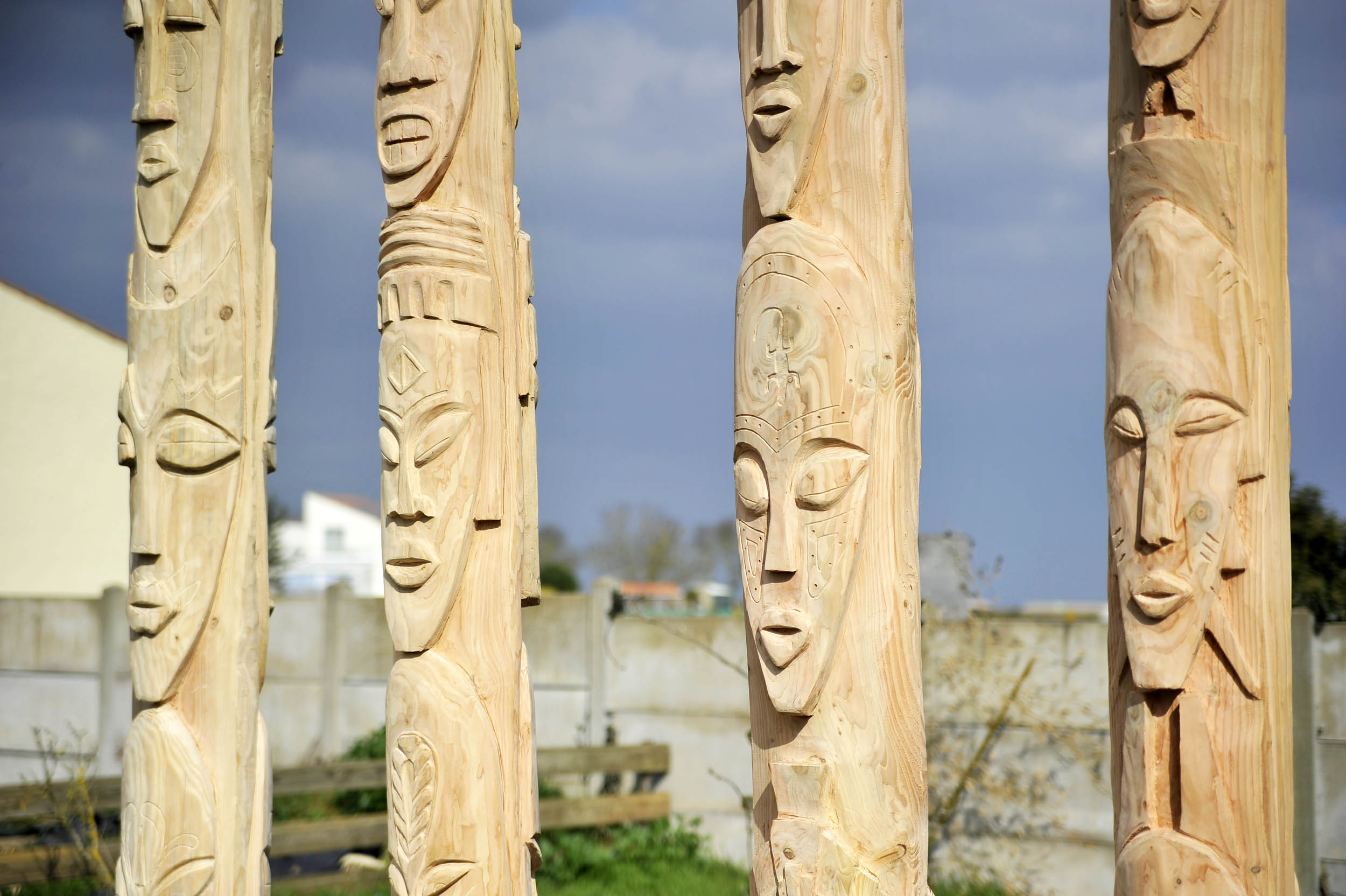 sculpture en bois sur mesure
